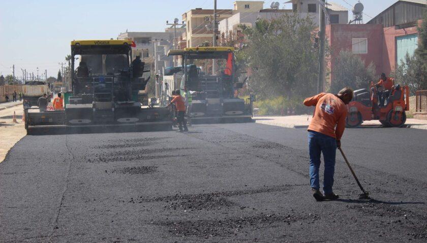 Yol yapım çalışmaları kent geneline yayılıyor