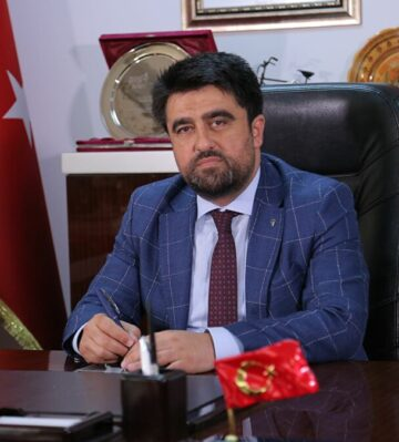 "AK Partili Ercik'ten CHP'li Başarır'a sert sözler! ""Haddini bil!"""
