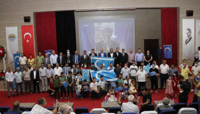 Türkmen kardeşlerimizin daima yanındayız!