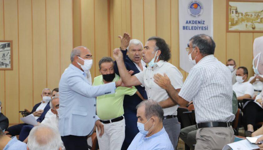 HDP'liler meclisi yine gerdi