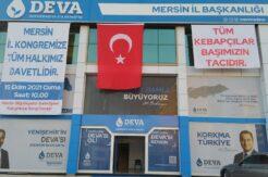 DEVA Partisi'nden kebapçılara destek pankartı