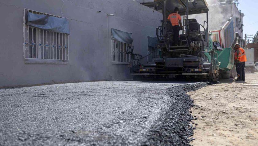 Çay Mahallesi baştan başa asfaltlanıyor